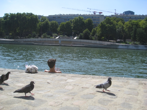 sunbathing by the Seine