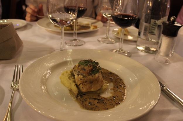 Farmhouse chicken Tournedos Rossini, vin jauce sauce, artichoke purée