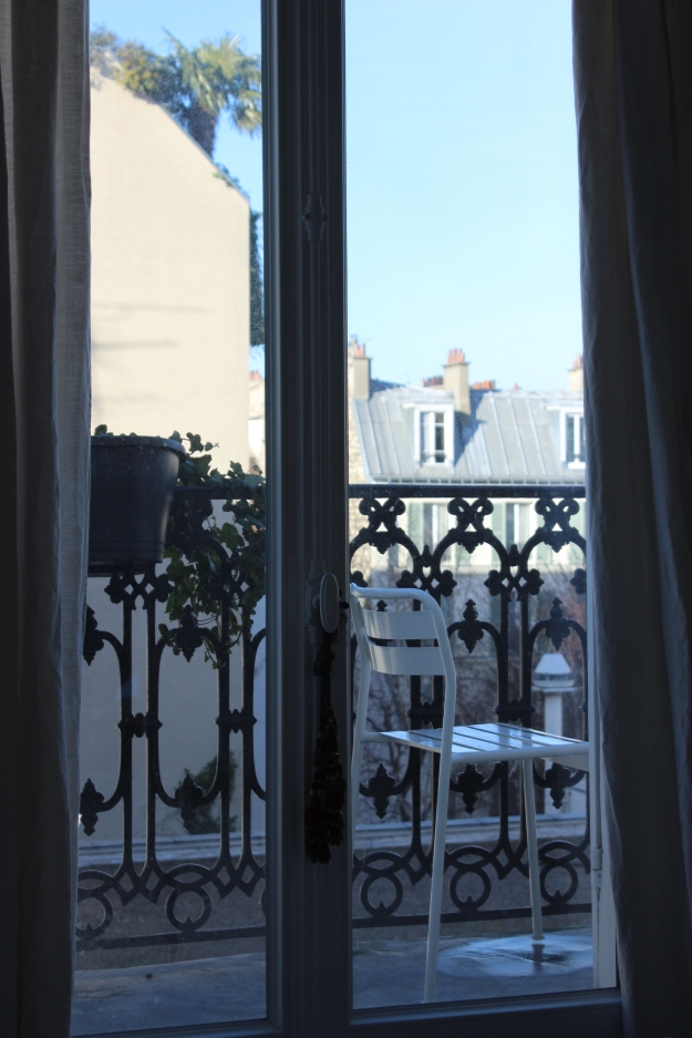 wake-up view in Paris