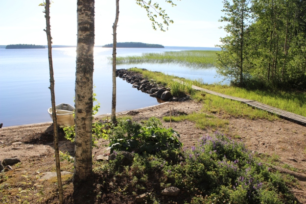 When you get lucky with weather, this is what a Finnish lake looks like. Lovely, isn't it?