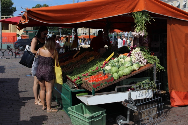 You should visit the Market Square in the morning to find the best products.