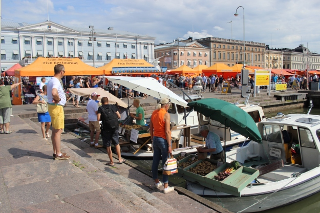 These small boats had sailed from the archipelago to sell vegetables and fish in Helsinki. Cute!